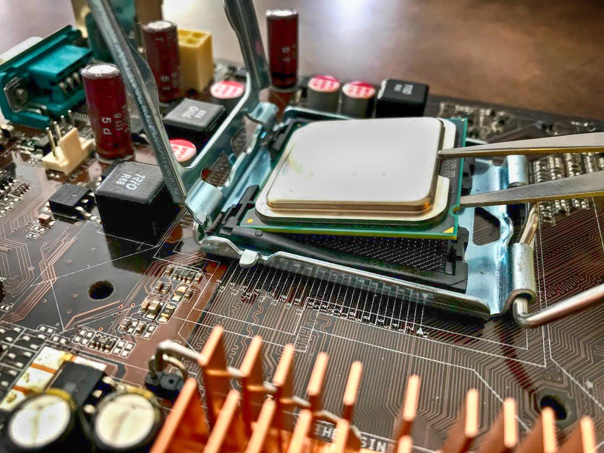 Отстраняване на проблеми свързани компютъри и лаптопи